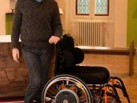 Dans un fauteuil roulant : une personne debout ! - GEM La Vie - Angers - © Marie BIEBER - 2015